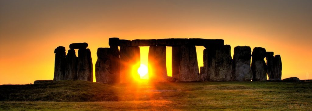 STONEHENGE-CHAUFFEUR-SERVICE-car-service-Heathrow