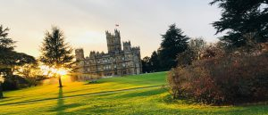 CHAUFFEUR DRIVEN CAR SERVICE TO DOWNTON ABBEY